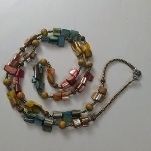 Jewelry - Colored shell and wood bead necklace
